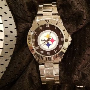 Jewelry - NWOT Pittsburgh Steelers Watch